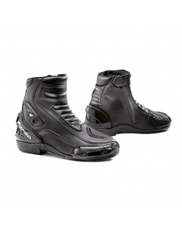 Forma Axel Boots Black