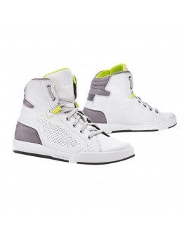 Forma Swift Dry Boots White